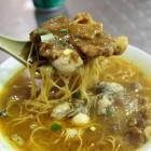 カレー麺マカオナビ